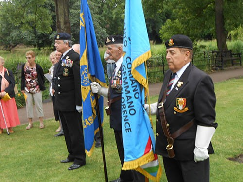 Lt Cdr Tony Crisp (bugler), veteran Ted Marks, East Hants standard bearer, and Joe Correa, National standard bearer